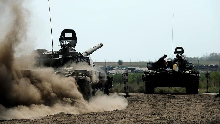 В Лаосе показали российские танки Т-72