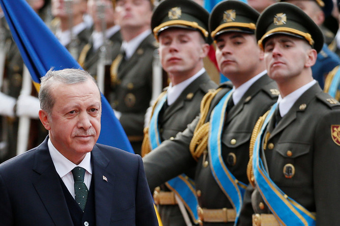 Президент Турции Реджеп Тайип Эрдоган в Киеве, 9 октября 2017 года