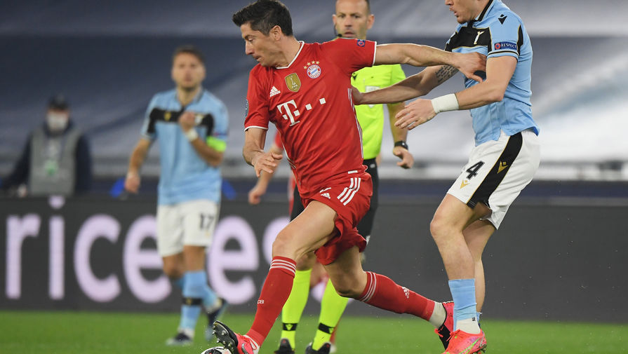 Форвард Баварии Левандовски обогнал Рауля по числу голов в Лиге чемпионов