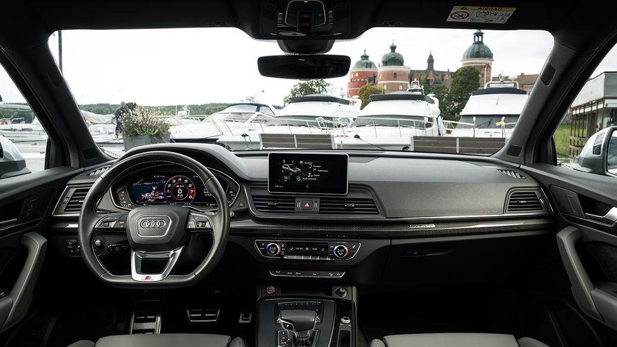 Q5 оснащен полным приводом quattro с технологией ultra, пневматической подвеской с регулируемым...