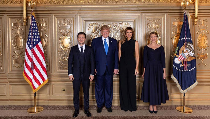 «Комплекс Бонапарта»? Зеленский выложил фото с Трампом