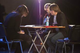Александр Панчин и Алиса Кузнецова проверяют наличие паранормальных способностей у участницы «Битвы экстрасенсов»