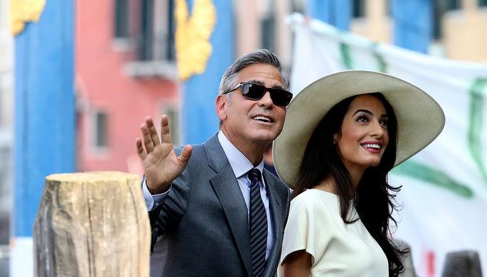 Джордж Клуни и его супруга Амаль Аламуддин в Венеции, 2014 год