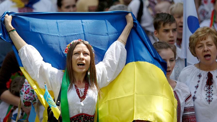 Британия направила Украине деньги на крымские структуры