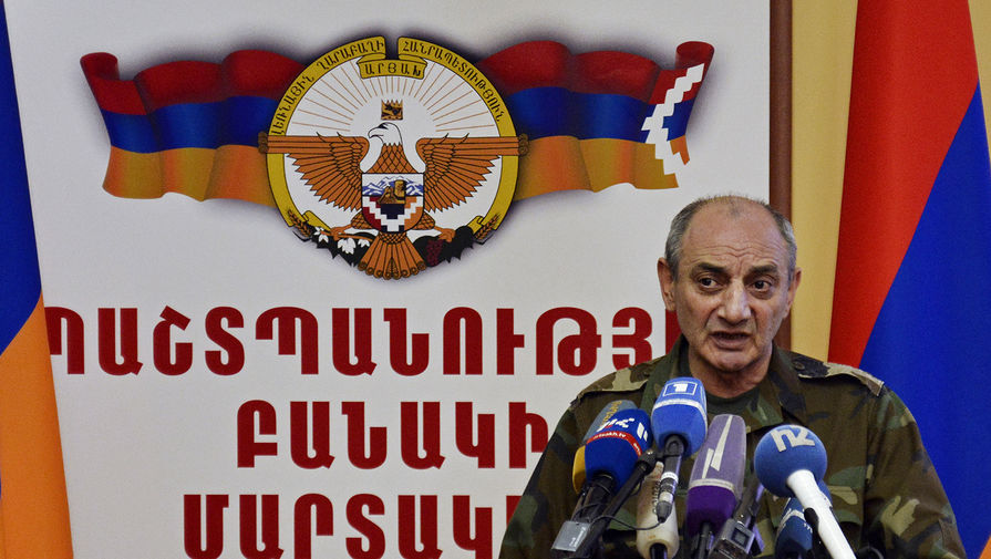 Президент непризнанной Нагорно-Карабахской Республики Бако Саакян на пресс-конференции