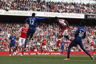 «Арсенал» победил на своем поле «Манчестер Юнайтед» со счетом 2:0
