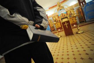 Москвичи выступают против возведения храмов в их дворах