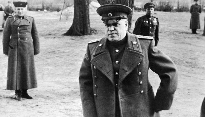 «Сталин не смог вынести его авторитета»: за что Жукова сослали в Одессу