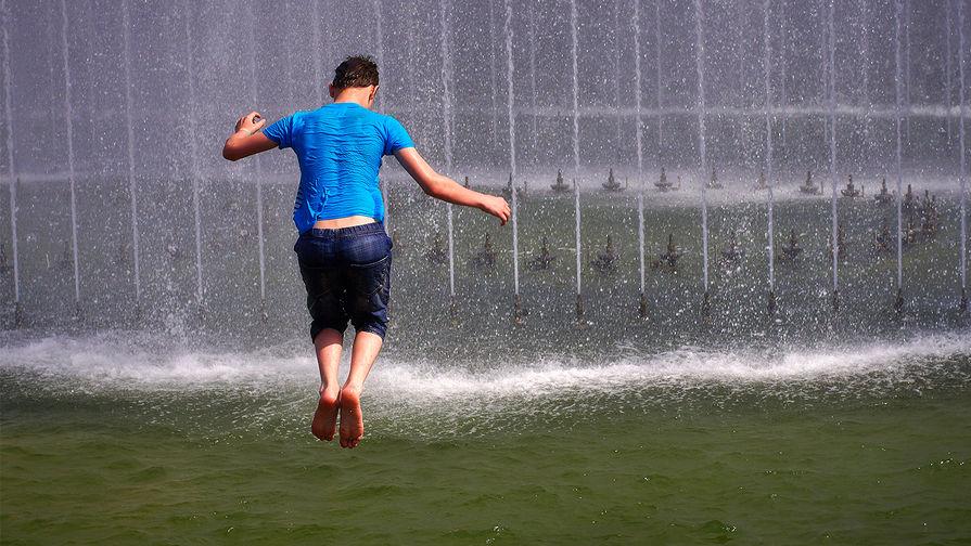 МЧС предупреждает о жаре в Москве в выходные