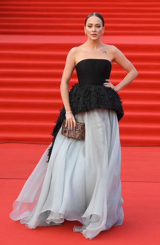 Актриса Аглая Тарасова на церемонии открытия 40-го ММКФ в Москве, 19 апреля 2018 года