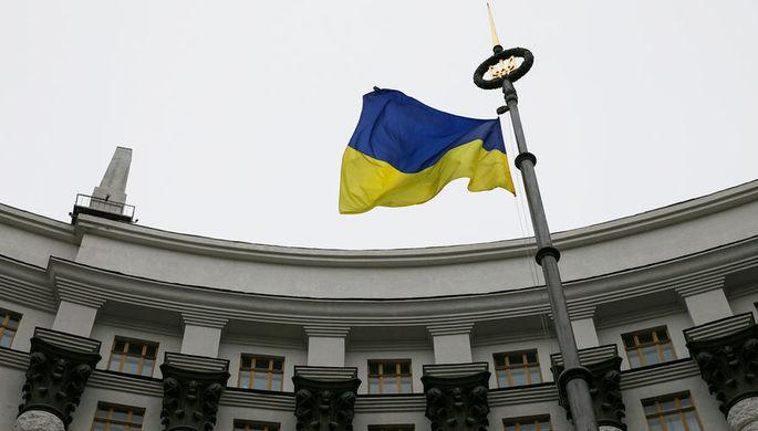 «Нас не поссорить»: Киев изучает вмешательство в выборы в США
