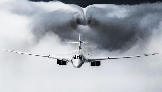 Вторглись в зону ПВО: США обнаружили российские Ту-160 у Аляски