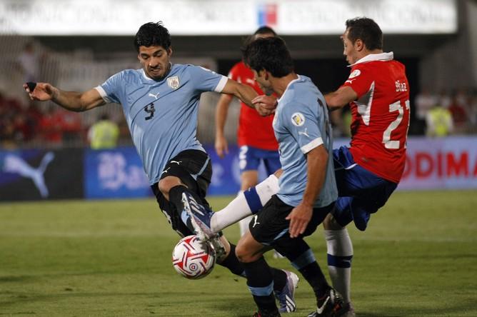 Луис Суарес и компания не сумели переиграть чилийцев