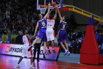 «Химки» переиграли «Красный Октябрь» при аншлаге в волгоградском Дворце спорта