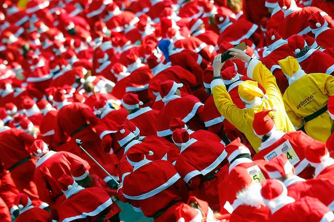 Забег Санта-Клаусов в Михендорфе