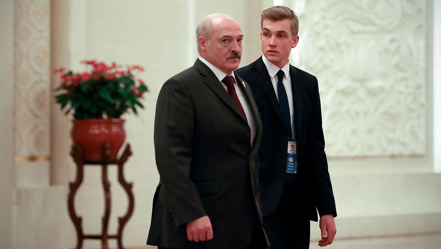 Александр и Николай Лукашенко во время официального визита в Китай, 2019 год
