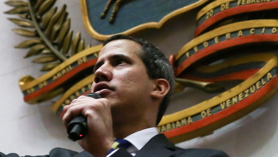 Гуайдо сообщил о возвращении в Венесуэлу после «международного тура»