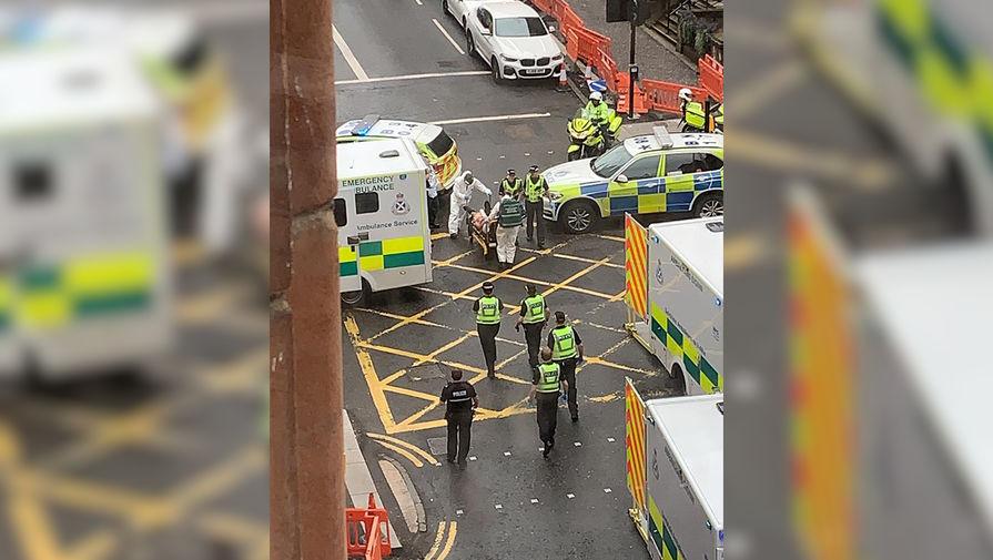 Экстренные службы на месте инцидента в Глазго, 26 июня 2020 года