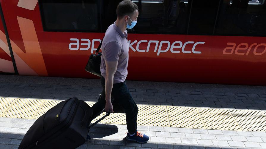 В Москве поезд Аэроэкспресса насмерть сбил человека