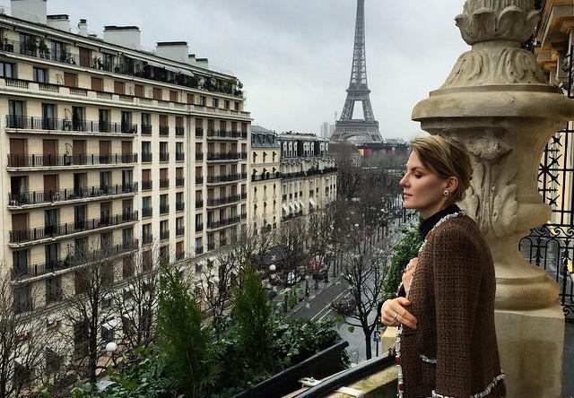 Рената Литвинова провела праздники в Париже