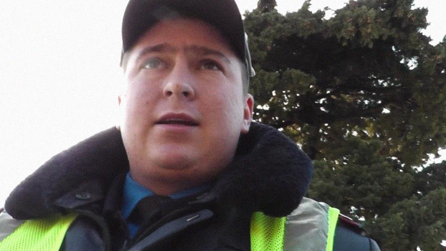 По неподтвержденным данным очевидцев аварии, участником ДТП стал сотрудник ГИБДД по фамилии Росик...