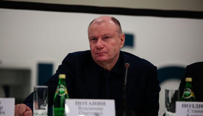 Вместо YotaPhone: экс-чиновник из России стал миллиардером в Лондоне