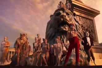 Кадр из фильма «Кошки» (2020)