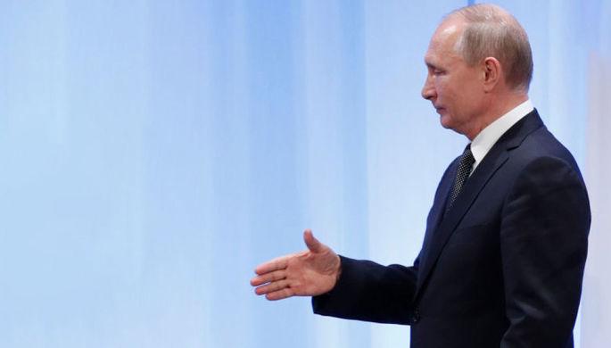 Поздравим победителя: Путин ждет окончания противостояния в США