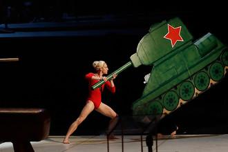 Выступление в Национальном театре Праги в память о гимнастке Вере Чаславска, которая активно боролась за независимость Чехии после ввода советских войск в Чехословакию в 1968 году
