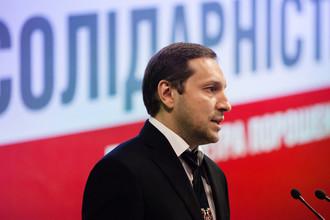Министр информационной политики Украины Юрий Стець во время выступления на внеочередном съезде партии «Солидарность», 27 июля 2014 года