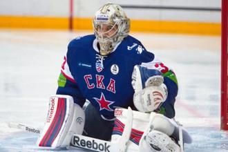 Для голкипера СКА Ильи Ежова пятый матч в серии стал непростым испытанием