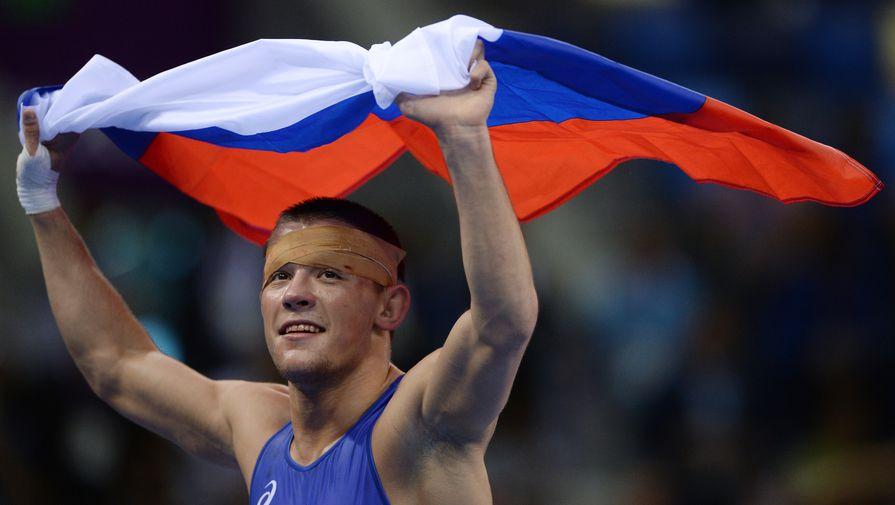 Борец Артем Сурков