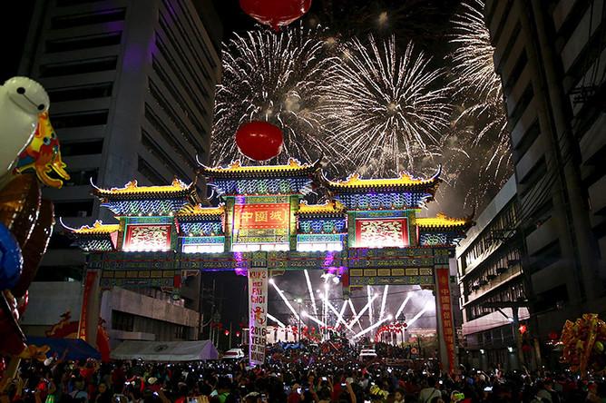 Празднование Нового года по лунному календарю в Маниле