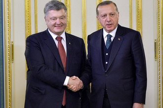 Президент Турции Реджеп Тайип Эрдоган и президент Украины Петр Порошенко во время встречи в Киеве, 9 октября 2017 года