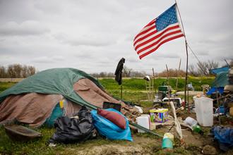 Палаточный городок для бездомных в Калифорнии
