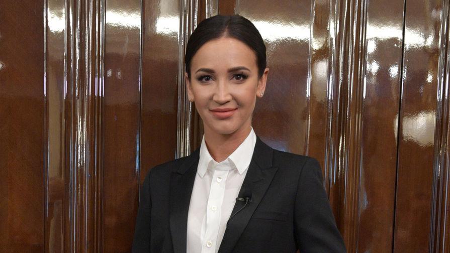 Бузова заявила, что была готова приехать на переговоры с захватчиком банка в Москве