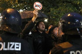 Демонстрация в Берлине против партии «Альтернатива для Германии» после выборов в Бундестаг, 24 сентября 2017 года