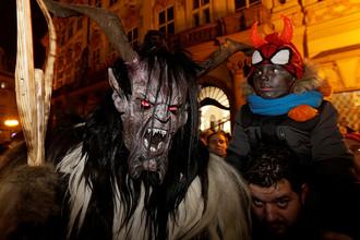Празднование Дня святого Николая в центре Праги