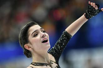 Двукратная чемпионка мира по фигурному катанию Евгения Медведева