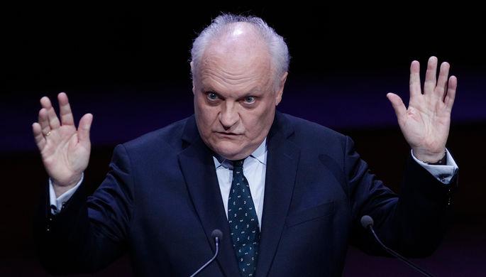 Кандидата в президенты Франции задержали за харассмент