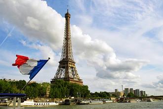 Туроператоры обвиняют консульство Франции в задержке с выдачей виз