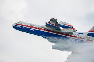 Многоцелевой самолет-амфибия Бе-200 ЧС