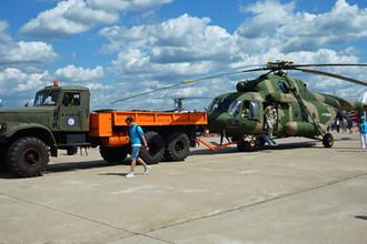 Вертолет Ми-17В-5 на авиасалоне МАКС в подмосковном Жуковском, июль 2017 года