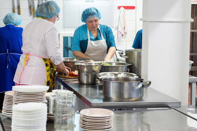 Кухня в лечебно-реабилитационном центре «Градостроитель», где будут размещены эвакуированные граждане РФ из Китая.