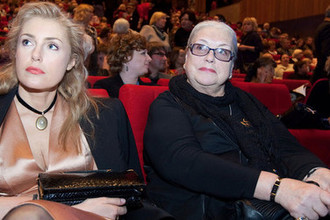 Актрисы Лидия Федосеева-Шукшина и ее дочь Мария Шукшина, 2009 год