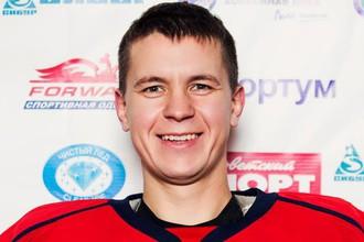 Молодой вратарь Эдуард Павлов умер во время матча