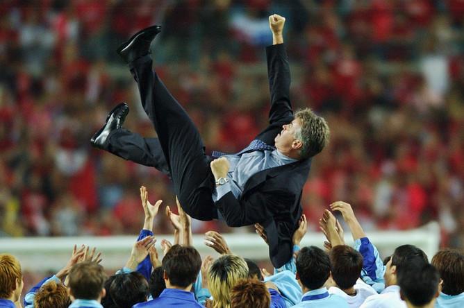 Гус Хиддинк привел сборную Южной Кореи к четвертому месту на ЧМ-2002