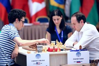 Россиянин Евгений Наер обыграл Фабиано Каруану на тай-брейке в 1/16 финала Кубка мира по шахматам
