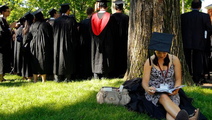 Учеба на выезде: к чему ведет интернационализация образования