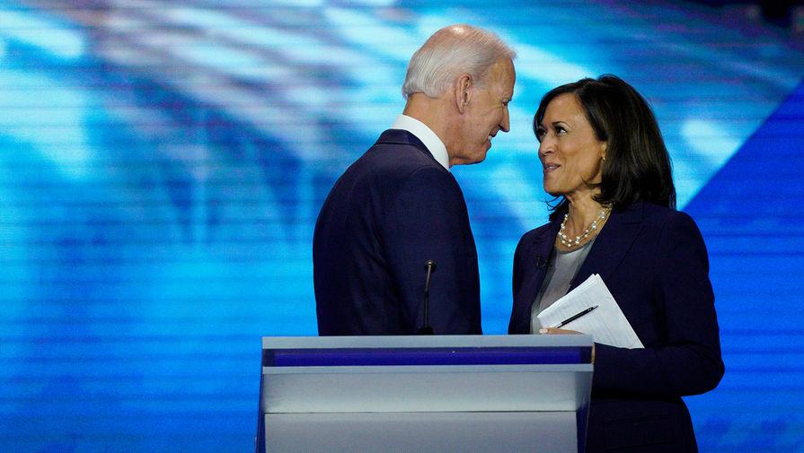 Джо Байден и Камала Харрис во время дебатов в Хьюстон, штат Техас, 2019 год